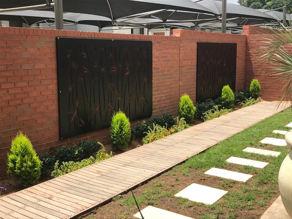 Decorative Screens & Panels for Your Garden